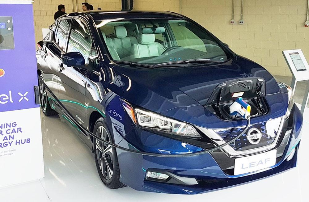 ブラジル・ニッサンが、世界で最も販売されている電気自動車「リーフ」の販売を開始。-   Nissan do Brasil começa a vender o Leaf, o automóvel elétrico mais vendido do mundo