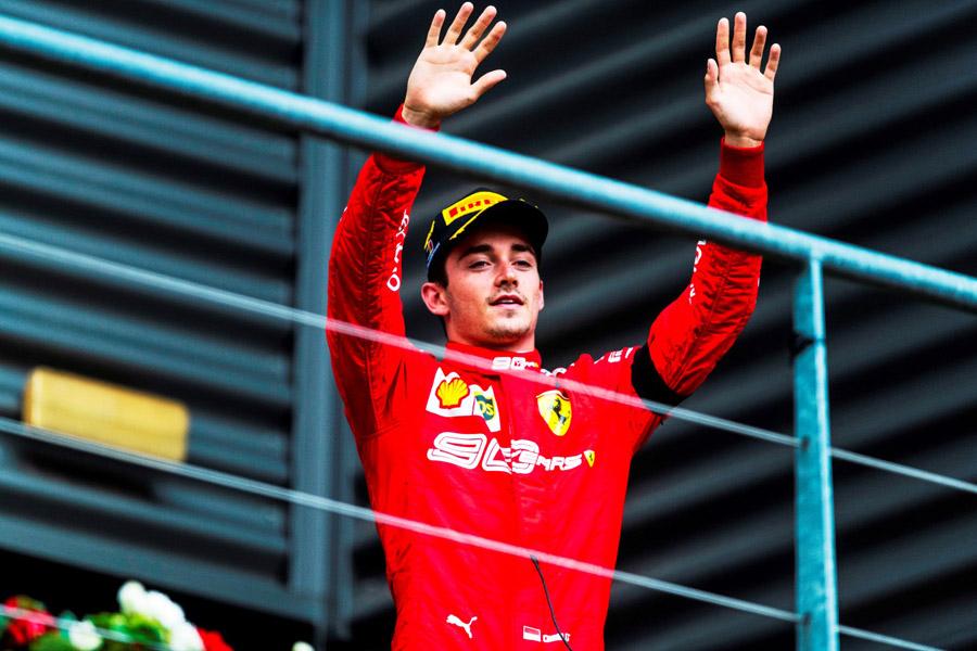 Charles Leclerc quebra jejum da Ferrari e vence o GP da Bélgica de F-1